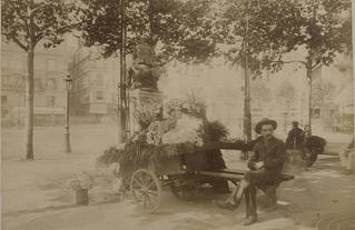 Eugène Atget - marchand de fleurs.jpg