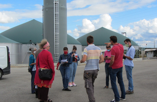 Visite de l'unité de méthanisation en Seine-et-Marne organisée par le CAUE77 avec les Agences  Planchais , Pour  La Terre et Fabriques
